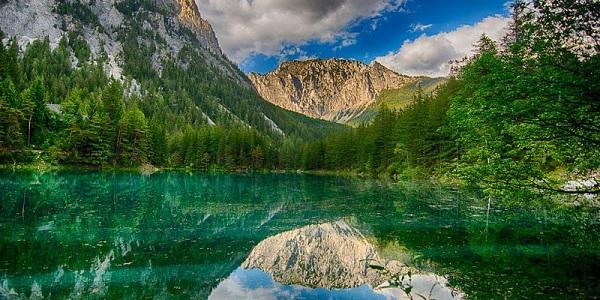 Yeşil Göl - Yürüyüş Cenneti - Tragöß - Styrian - Avusturya...