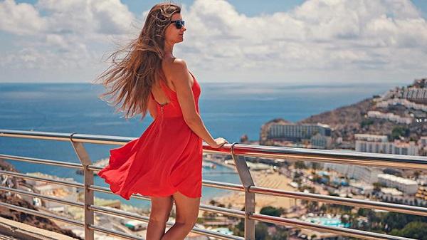 Yazlık Elbise Modelleri Tercihleri Nasıl Olmalı
